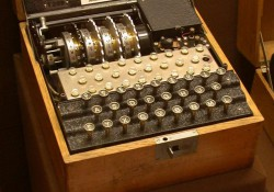 4-rotor-naval-enigma-cipher-machine
